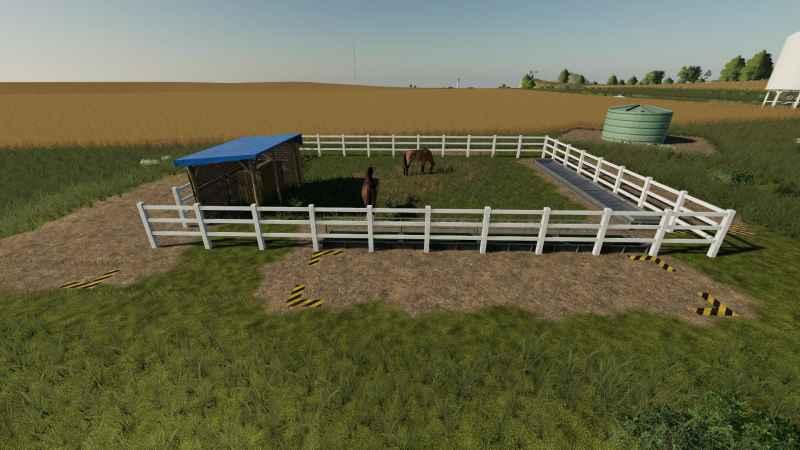 small-horse-paddock-v1.0.0.0-fs19-3